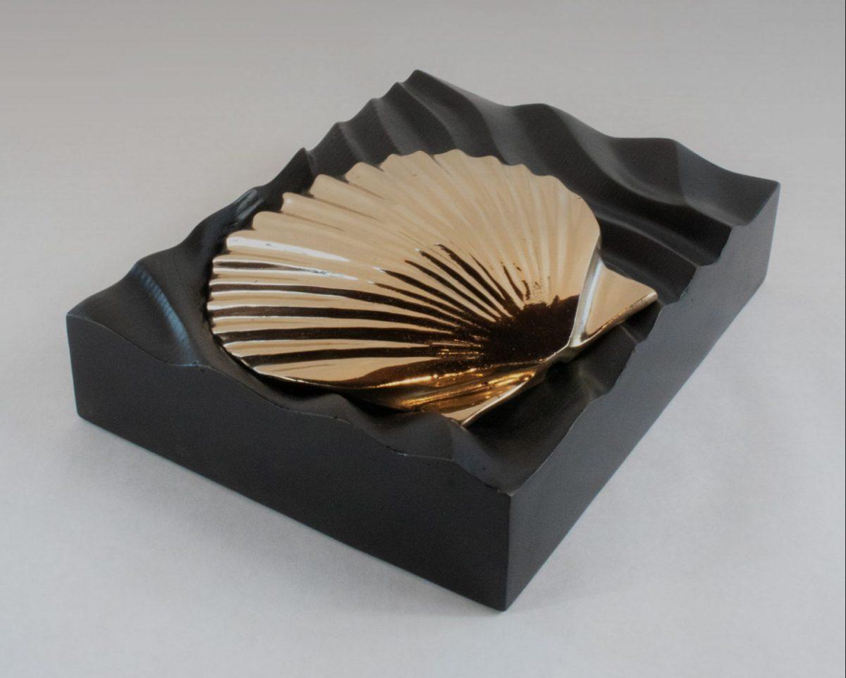 Andrew Vallees Show work  Bronze Shell e